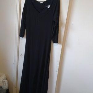 Newport news ladies black maxi dress sz M